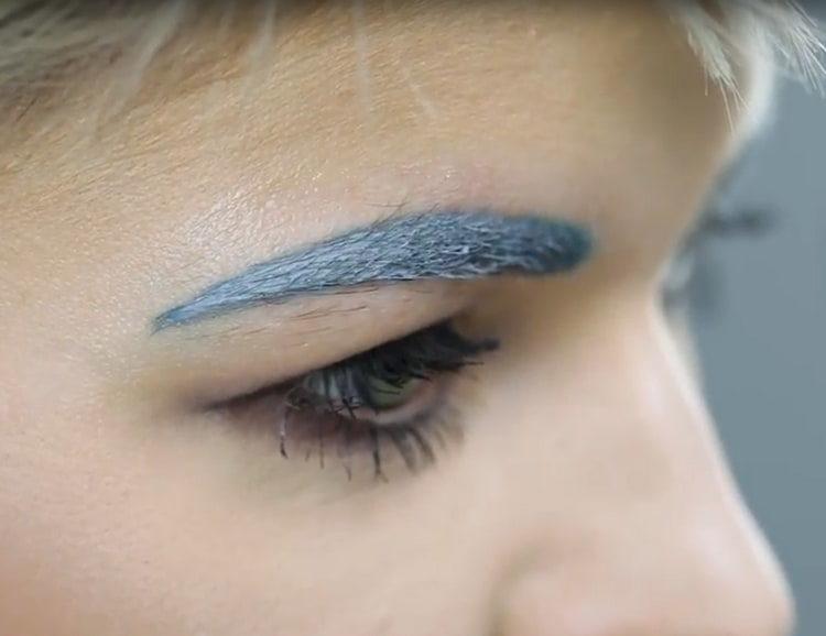 Чем лучше красить брови: краской или хной?