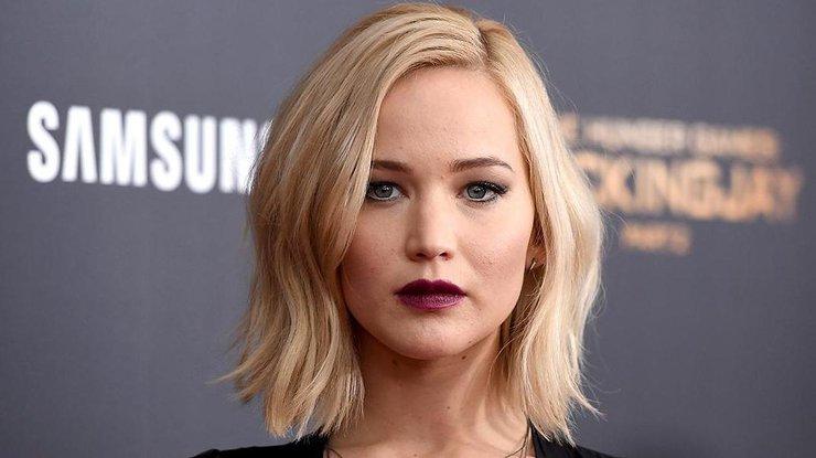 Мода на брови 2018: брови блондинок